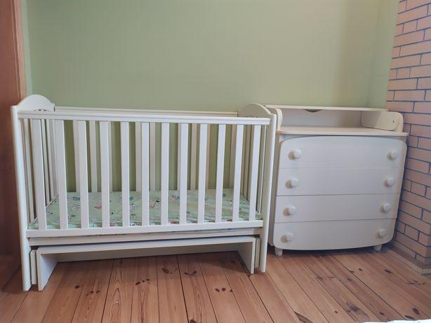 Детская кроватка, кровать Верес с маятником и комод
