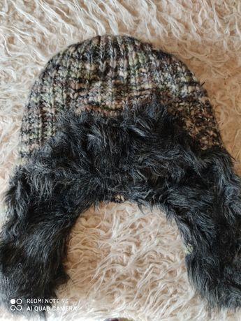 Fajna czapka zimowa, druga gratis.