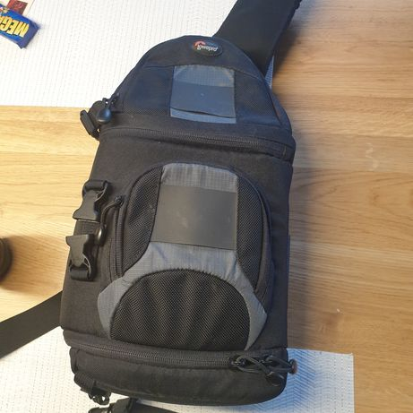 torba na apara z akcesoriami Lowepro Slingshot 102AW w stanie bardzo d