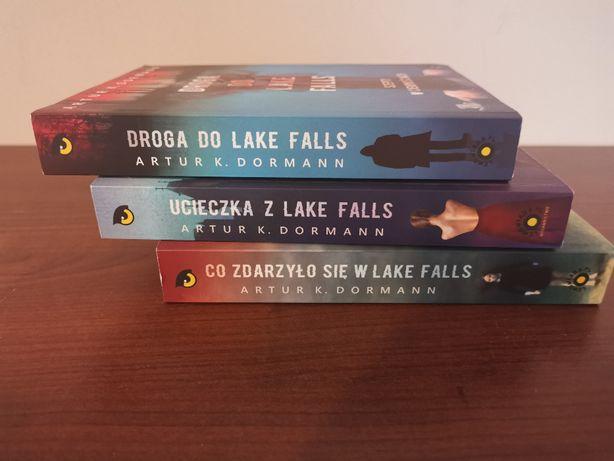 Co zdarzyło się w Lake Falls, Ucieczka z Lake Falls, Droga do Lake Fal