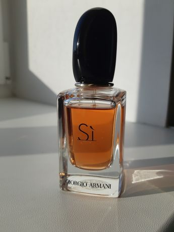 "Парфумована вода Giorgio Armani ""Si"" (не повний флакон)"