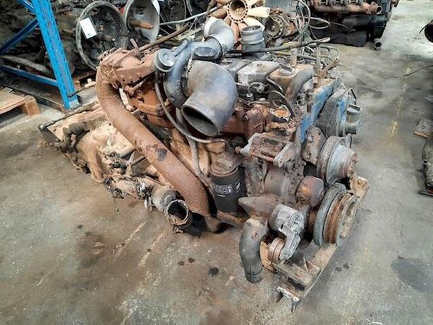Двигатель Cummins B215-20
