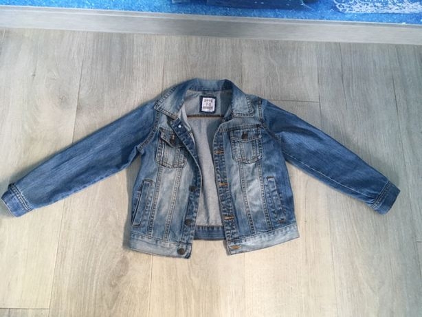 Джинсовый пиджак мальчик 7-8 лет