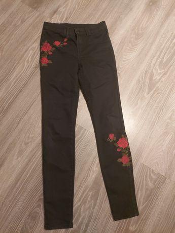 Sprzedam spodnie dżinsowe