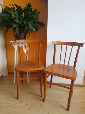 Dwa krzesła drewniane PRL vintage