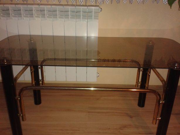 Ława szklana z ładnymi złoconymi elementami