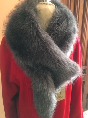Элегантное  шерстяное  красное пальто