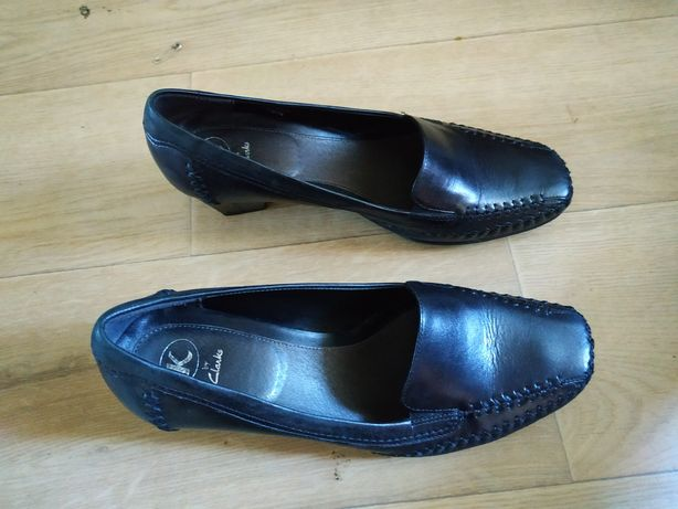 Шкіряні туфлі clarks 39