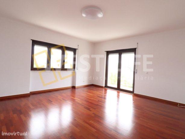Apartamento na Ericeira - apartamento T3 no Centro da Vil...