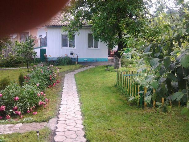 Продам отдельную часть дома с земельным участком в Тульчине.