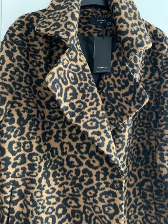Reserved nowe palto płaszcz panterka