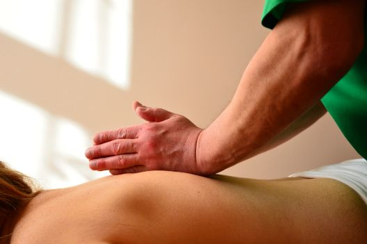 Костоправ,реальний мануальний терапевт,справжній лікувальний масаж!!!