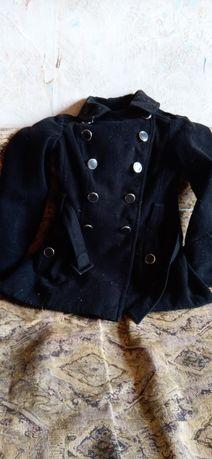 Пальто чорне для дівчинки