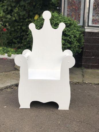 Крісло трон, дитячий трон, банер, фотозона
