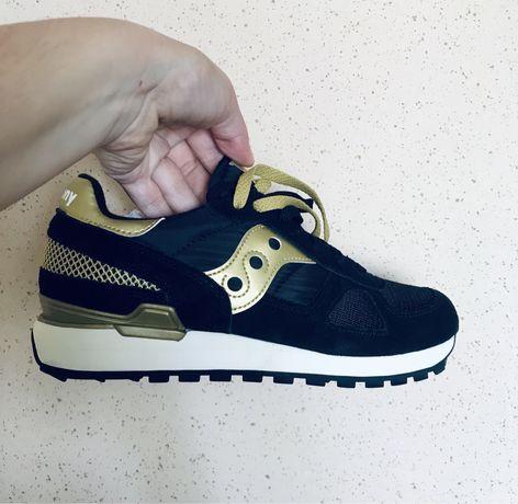 Кроссовки кеды спортивная обувь saucony adidas nike premiata zara kors