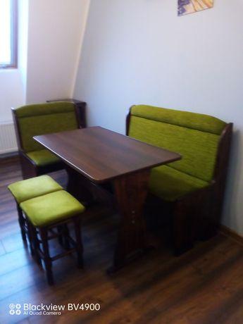 Stół i ławki do kuchni