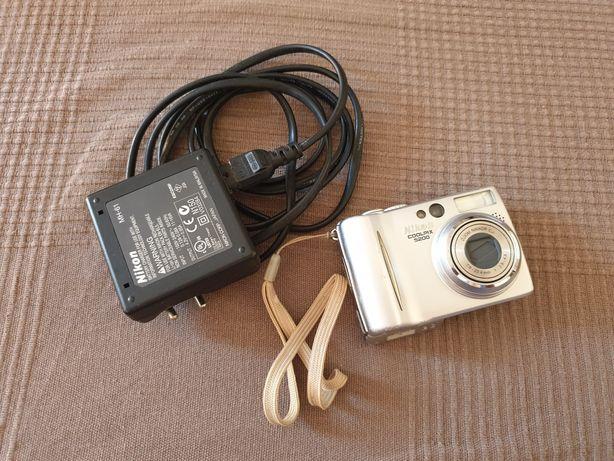 Maquina Fotografica Nikon Coolpix5200