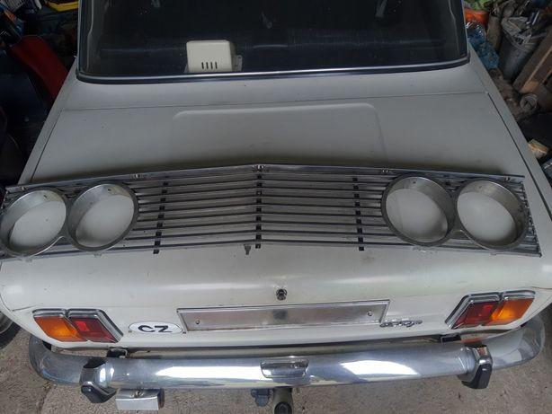 Atrapa  Fiat 125p chromowana.