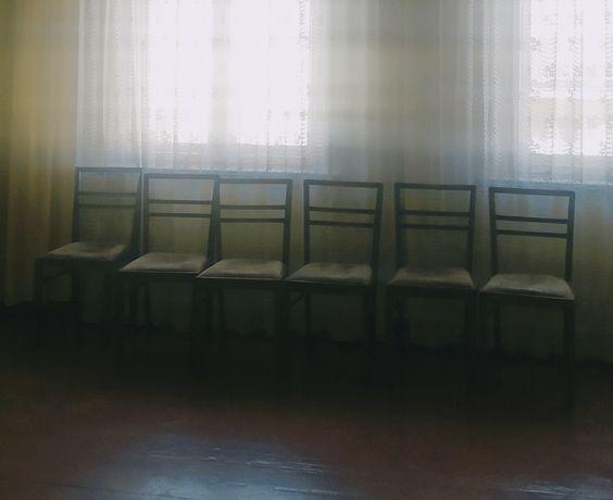 Oddam za darmo krzesła