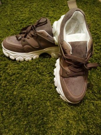 SALE%, Женские кроссовки на устойчивой тонкетке 850грн.