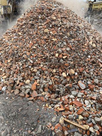 Kruszywo ceglano betonowe tłuczeń ceglany