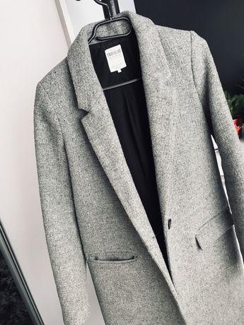 Szary płaszcz Zara r. XS