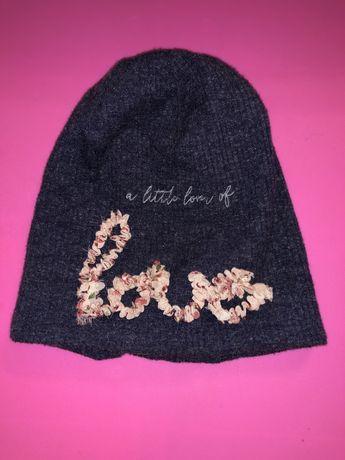 Продам деми шапку для девочки reserved