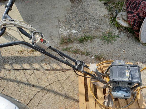 220В для затирання напівсухої стяжки затирочная машина вертолет