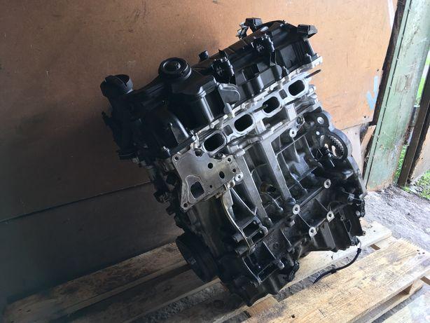 Разборка BMW F30 320i двигатель N20B20A турбина поддон крышка блок