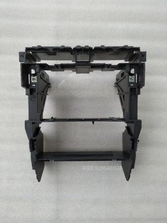 Audi A4 - Consola / bastidor 2Din NOVO original Audi