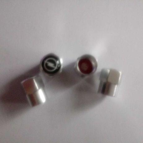 Sprzedam metalowy zawor opony czapki macierzystych ( 4 szt.) Nowe