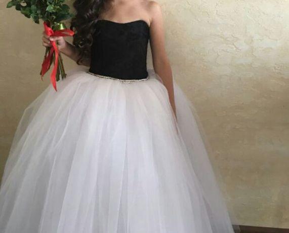 Сдам на прокат великолепное детское пышное платье!