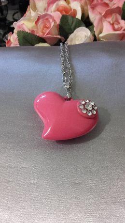 Sinsay przepiękny naszyjnik z różowym sercem kamienie cyrkonie