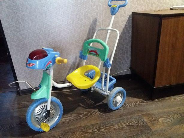 Детский трехколесный велосипед с ручкой для родителей