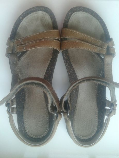 Босоножки сандали женские кожаные