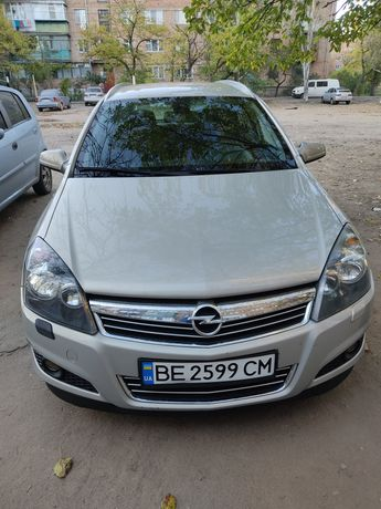 Opel Astra h 1.9 Automatic