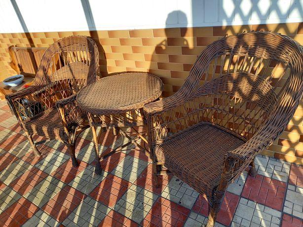 Wilkinowe fotele i stół