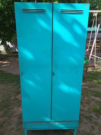 Отличный шкаф для инструментов и инвентаря