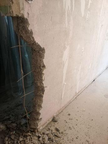 Демонтаж стен. Демонтаж дверного проёма. Демонтаж дверей. Стяжка пола