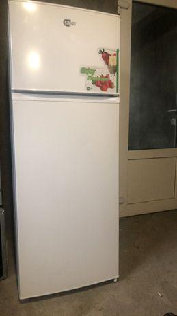 Продам холодильник состояние как новый