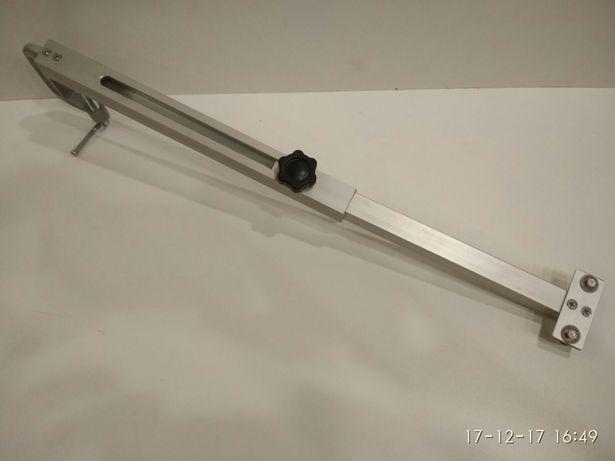 Струбцина (держатель) для датчика эхолота