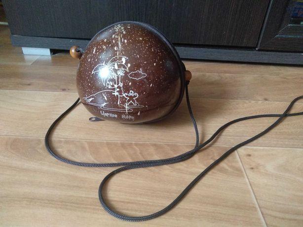 Сумочка из скорлупы кокоса
