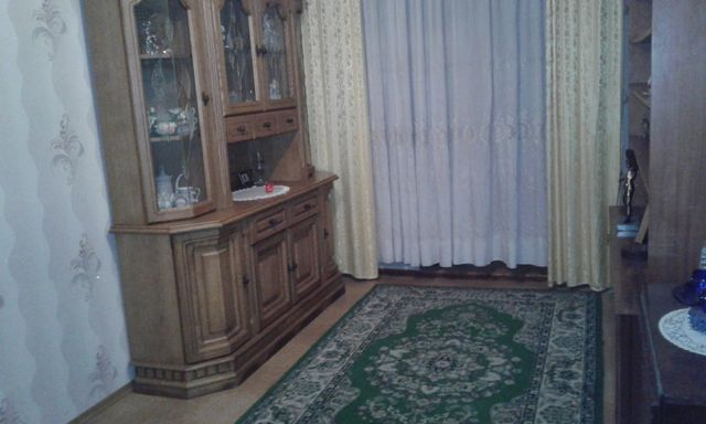 Продам 4 комнатную