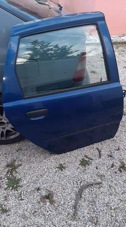 Porta traseira direita Fiat Punto 2002 1.2