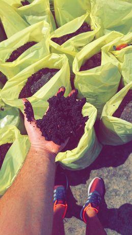 Ziemia ogrodowa, torf, kompost, kora, piasek