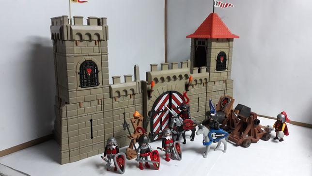 Playmobil zamek z załogą