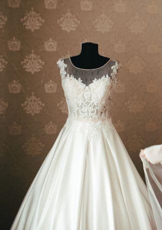 Свадабное платье