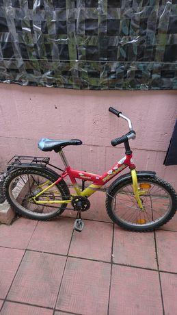 Продам велосипед для мальчика или девочки, в отличном состоянии.