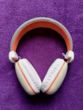 Навушники білі накладні