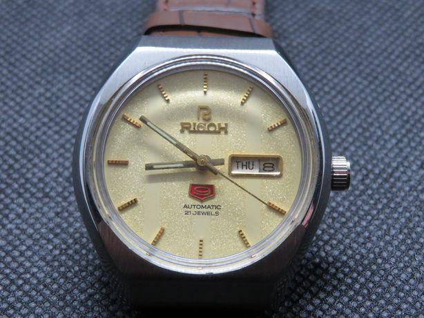 Relógio Ricoh mostrador trabalhado